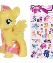 Cadeau my little pony speelgoed paardje fluttershy met stickertjes