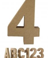 Cijfer 4 van papier mache voor decoratie