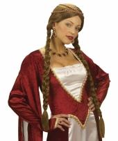 Dames pruik uit de middeleeuwen