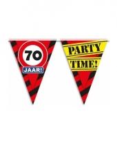 Decoratie vlaggenlijn verkeersbord 70 jaar