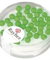 Doosje met 50 neon groene kralen 4 mm