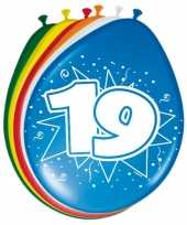 Gekleurde ballonnen 19 jaar