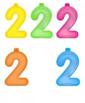 Gekleurde opblaas cijfer 2