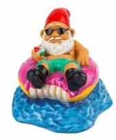Gnoom beeldje op donut zwemband 15 cm