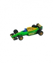 Groene race auto formule 1 model auto