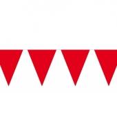 Groot formaat rode vlaggenlijnen