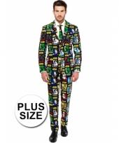 Grote maat luxe gekleurd pak met star wars print
