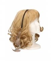 Haarband met lichtbruine veertjes
