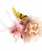 Haarbloemen met klem roze geel