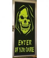 Halloween glow in the dark poster met skelet