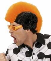 Hanenkam oranje zwarte pruik