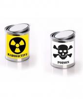 Horror decoratie blikken met radioactive poison etiket