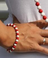 Houten kralen armbanden rood met wit