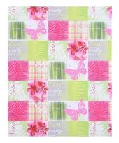 Inpakpapier groen en roze met vlinder