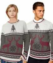 Kerstmis trui met rendieren voor vrouwen