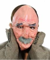 Latex masker van een oude man