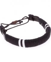 Leren raggae hippie armbandje zwart 7 cm