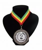 Medaille nr 2 halslint groen geel rood