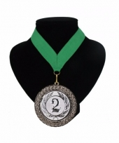 Medaille nr 2 halslint groen