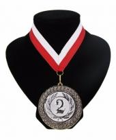 Medaille nr 2 halslint rood en wit