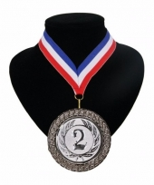 Medaille nr 2 halslint rood wit blauw