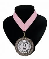 Medaille nr 2 halslint roze