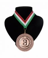 Medaille nr 3 halslint rood wit en groen