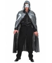 Metallic cape zilver