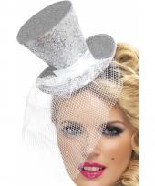 Mini hoge hoed zilver op diadeem