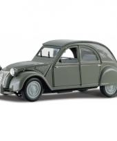 Model auto citroen 2cv