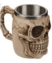 Mok met skull