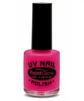 Neon roze nagellak oplichtend