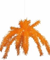 Oranje plafond versiering