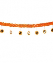 Oranje voetbal slinger 4 meter
