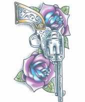 Plak tatoeage revolver dag van de dood