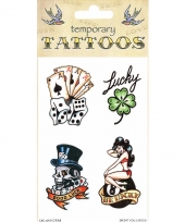 Plak tatoeages traditioneel thema