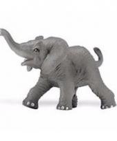 Plastic dieren afrikaans olifantje 8 cm