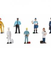 Plastic poppetjes in werkkleding