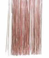 Roze kerstversiering slingers
