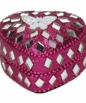 Roze tandendoosje met vlinder 6 cm