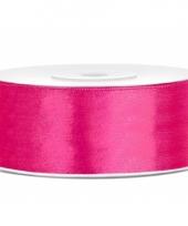 Sierlint satijn 25 meter lang neon roze 10080412