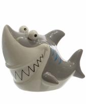 Spaarvarken grijze haai 24 cm