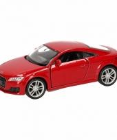 Speelgoedauto audi 2014 tt coupe rood 12 cm