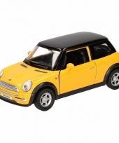 Speelgoedauto mini cooper geel 12 cm