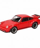 Speelgoedauto porsche 911 turbo rood 12 cm