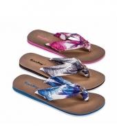 Teen slippers met roze bloemen