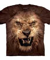 The mountain t-shirt met realistische leeuw