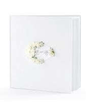 Trouwerij gastenboeken met roosjes
