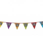 Vlaggetjes 19 jaar feestje