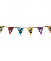 Vlaggetjes 4 jaar feestje